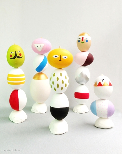 ideas-playful-easter-table-decorations-with-eggs-mix-match-sculptures-ideas-appealing-easter-decorations-ideas