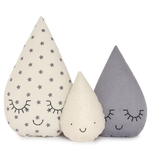 kids decor ideas cloud moon stars rain niche nook. Black Bedroom Furniture Sets. Home Design Ideas