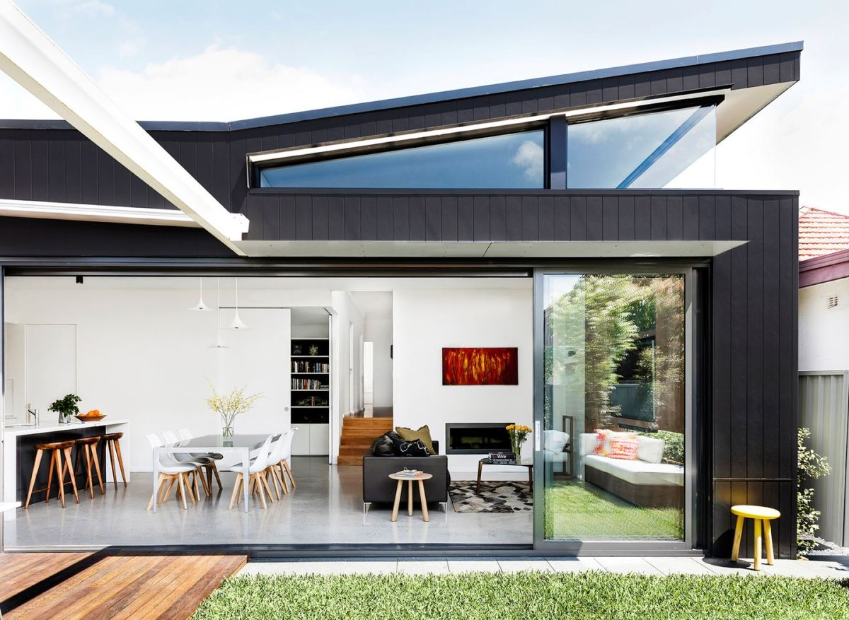 A Sizzling 21st-Century Home